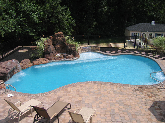 Custom gunite pool image gallery landi pools games for Custom inground swimming pools